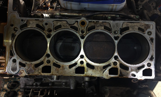 Signs Of A Blown Head Gasket >> Signs Of A Blown Head Gasket How To Fix A Cracked Head