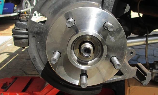 Vehicle warning for a noisy, broken or bad wheel bearing