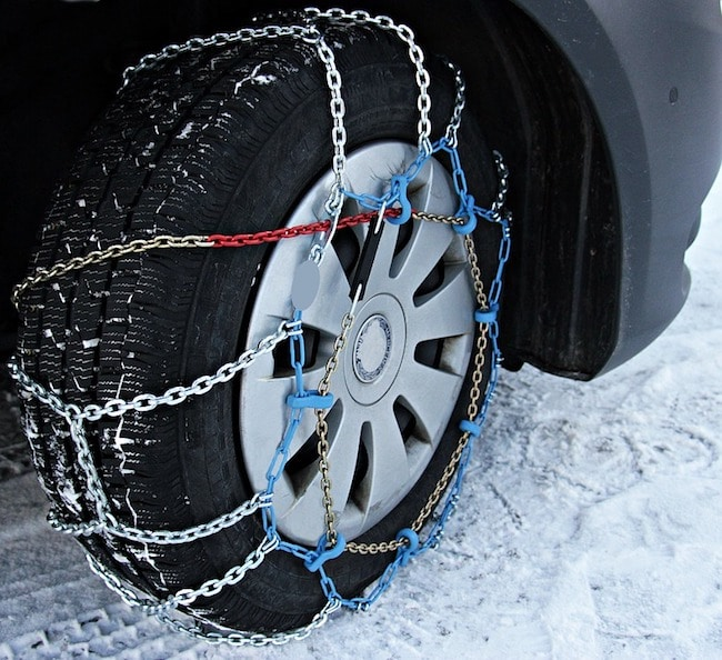 Winter top tire chains for snow